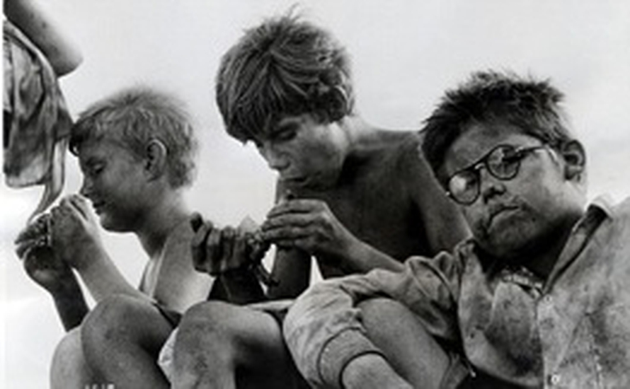 lord of the flies newspaper article Critics lev grossman and richard lacayo pick the 100 best english-language novels published since 1923—the beginning of time.