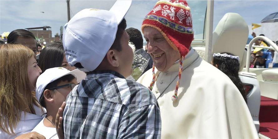 Papa in Perù. Una scena del Vangelo nella terra «insantata» 95767b5bb853
