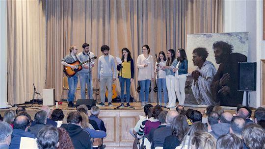 Serata di canti con i ragazzi del Clu spagnoli